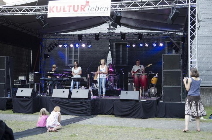 Pure Voices Band 11