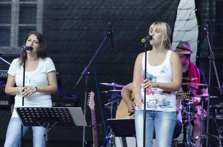 Pure Voices Band 2